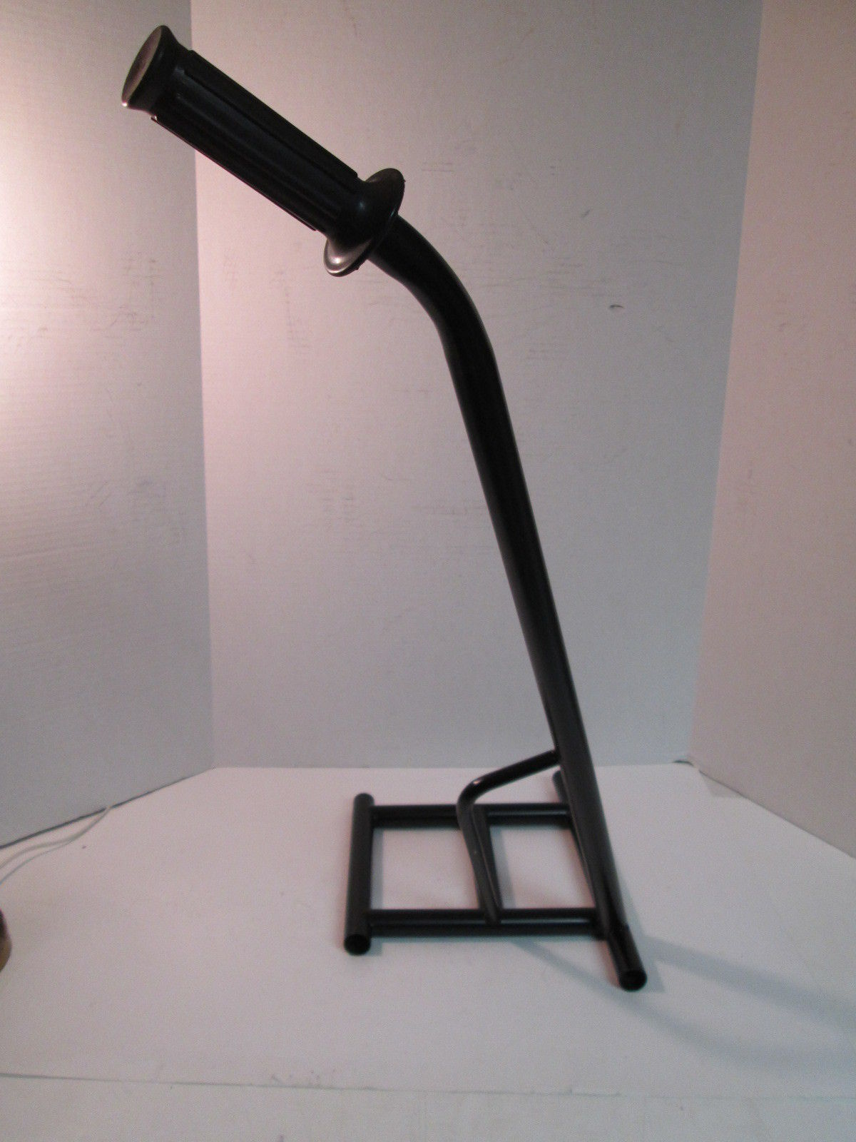 Noot flat track motorcycle stand for Stand 2 b