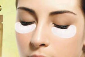 16 Cara Menggunakan Masker Mata yang Baik Dan Benar