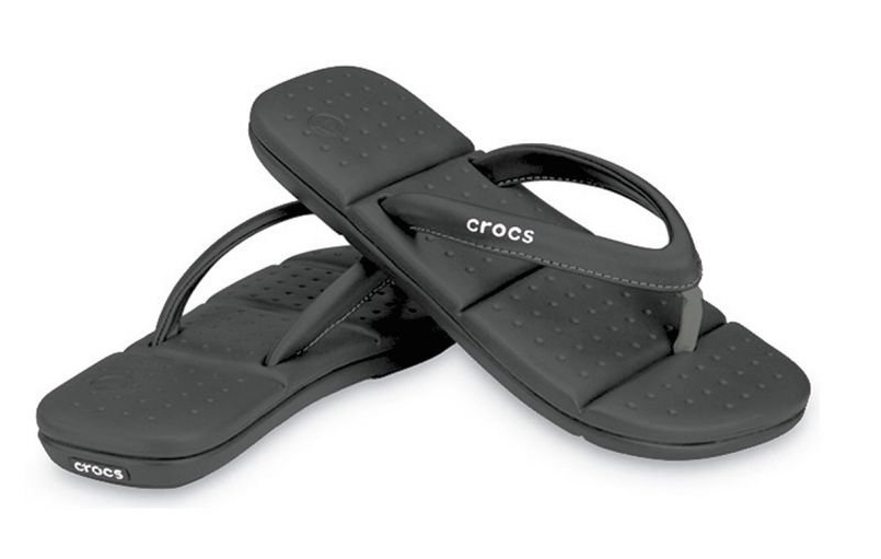 9e078372c75e8 This post is a love letter to my favorite flip flops of all time: Crocs  Captiva. I bought my black pair in 2008 and since then they have not worn  out ...