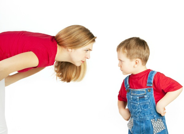 10 WAYS TO STOP A KIDS TEMPER TANTRUM.  Very helpful! Great tips.  #parenting