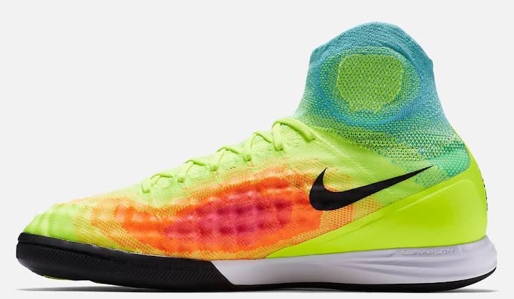 Nike Magistax Proximo Turf Shoes