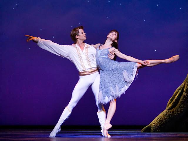 Christopher Wheeldon Cinderella - Dutch National Ballet at the London Coliseum