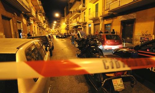 Nigeriano picchiato in strada a Bari