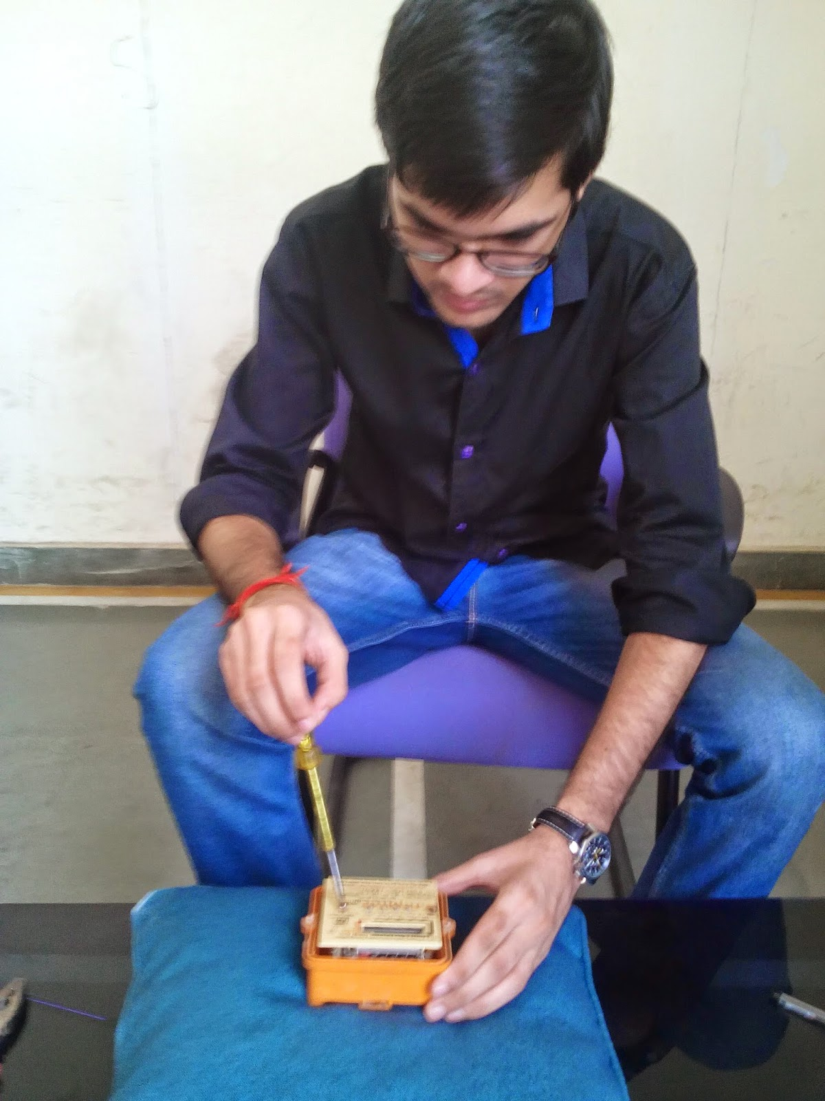 AC 1-PHASE 2-WIRE ELECTRONIC ENERGY METER - BY: Harish