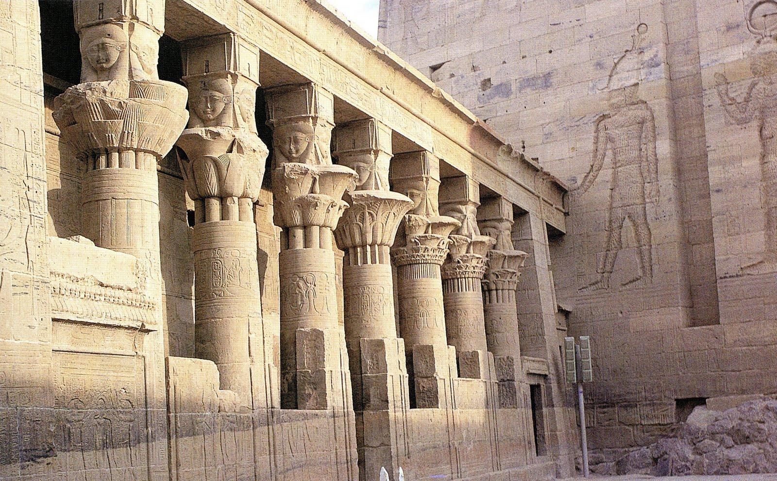 Egyptian Art Vs. Greek Art
