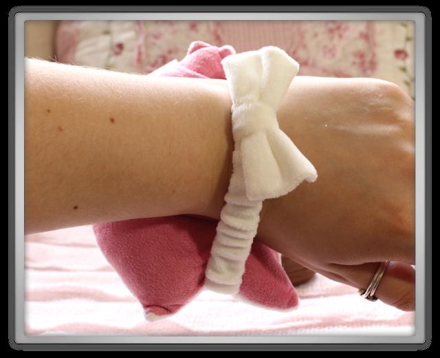 Etude House Haul Review accessories decor kawaii cute pink ebay beauty korean cosmetics Etti Wrist Cushion