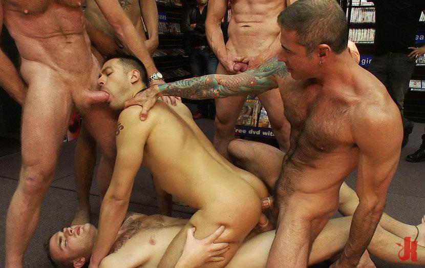 Жесткое Порно Группа Парней