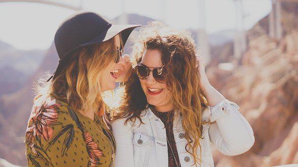 Manfaat Tertawa Bagi Kesehatan Mental dan Fisik