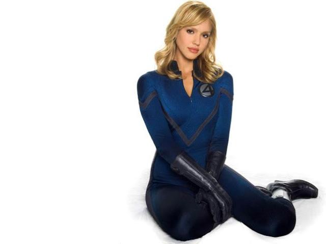 10 Superhero Wanita Tercantik Terseksi
