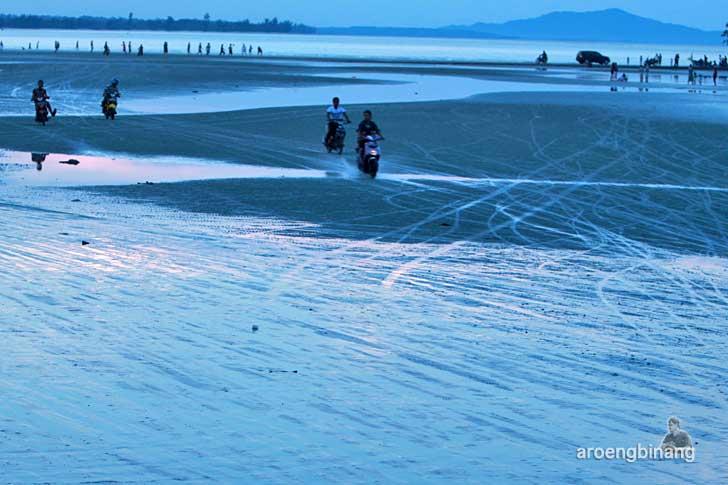 pantai pasir padi bangka