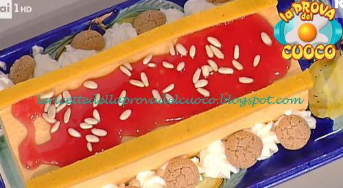 Tronchetto alla zucca rossa e melograno ricetta De Riso da Prova del Cuoco