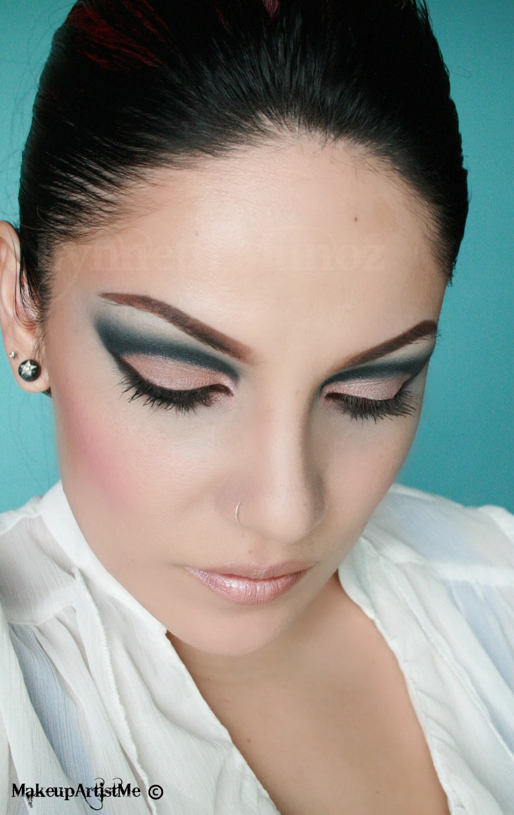 "Make Up Lesson For Beginners: Make-up Artist Me!: ""Blue In The Nude"" Makeup Look"
