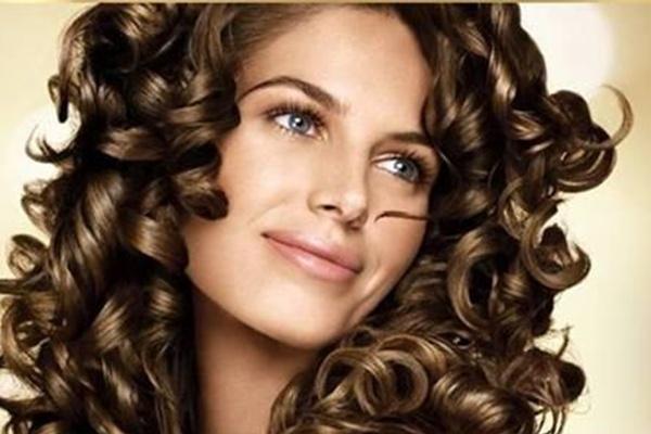 बालों को रिंगलेट्स लुक देने के टिप्स