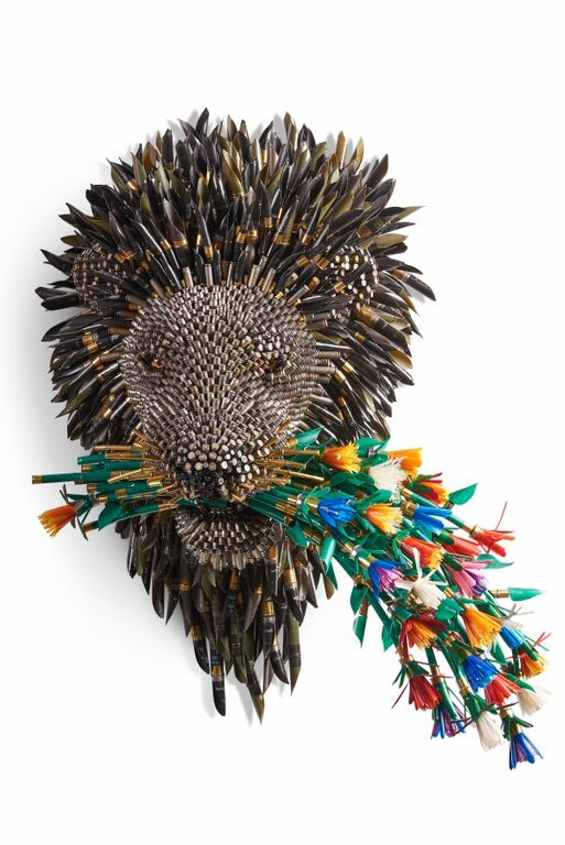 15-Lion-2-Federico-Uribe-Killing-it-with-Bullet-Animal-Sculptures-www-designstack-co