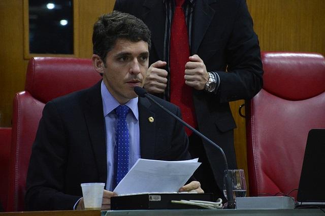PERSEGUIÇÃO: Tovar lamenta que governador tenha exonerado das funções delegados da Operação Cartola