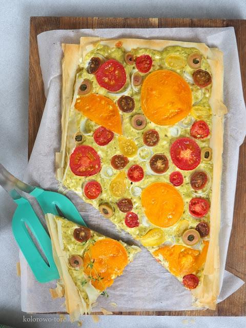 ciasto-filo-z-pomidorami
