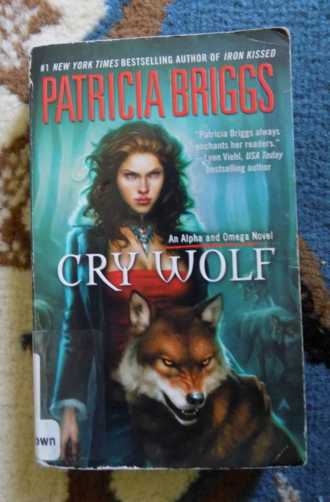 Cry Wolf (alpha & Omega #1) By Patricia Briggs True To My Word, I Decided  To Try Another Work By This Author I Hope I Will Like This One Better Than  Moon