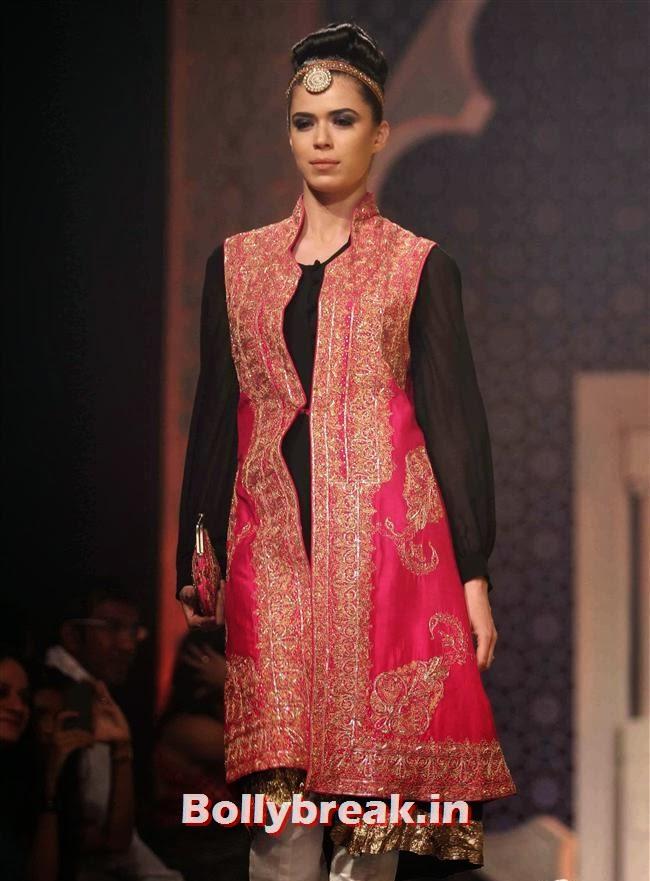 Sucheta Sharma, Bollywood Celebs at India Bridal Fashion Week