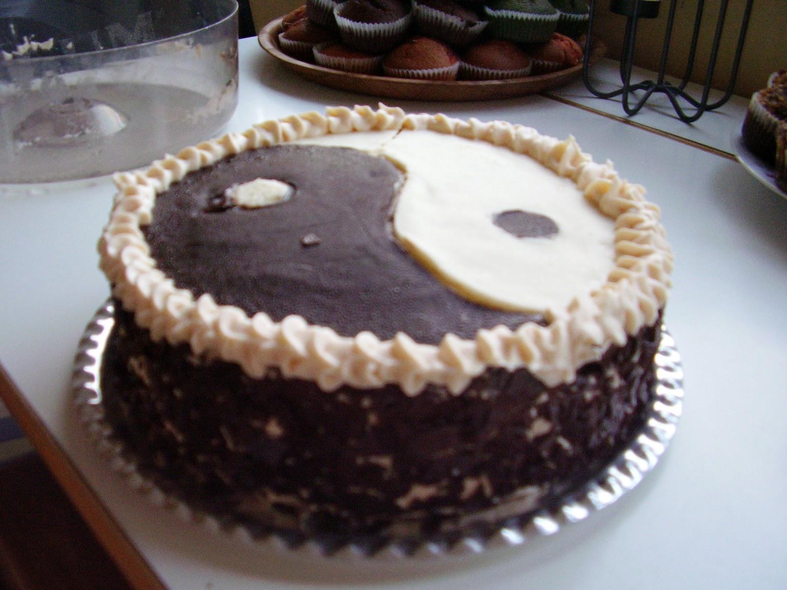Nagy fekete fasz torta