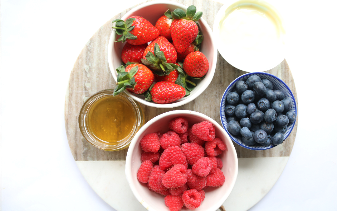 DIY Beauty: Trying Out Love Fresh Berries & Abigail James' Beauty Recipes #BerryBeauty