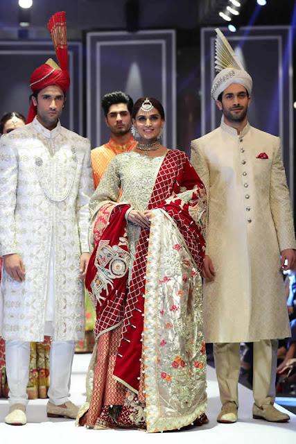 deepak-perwani-bridal-dresses-designs-for-wedding-at-fpw-2016-13