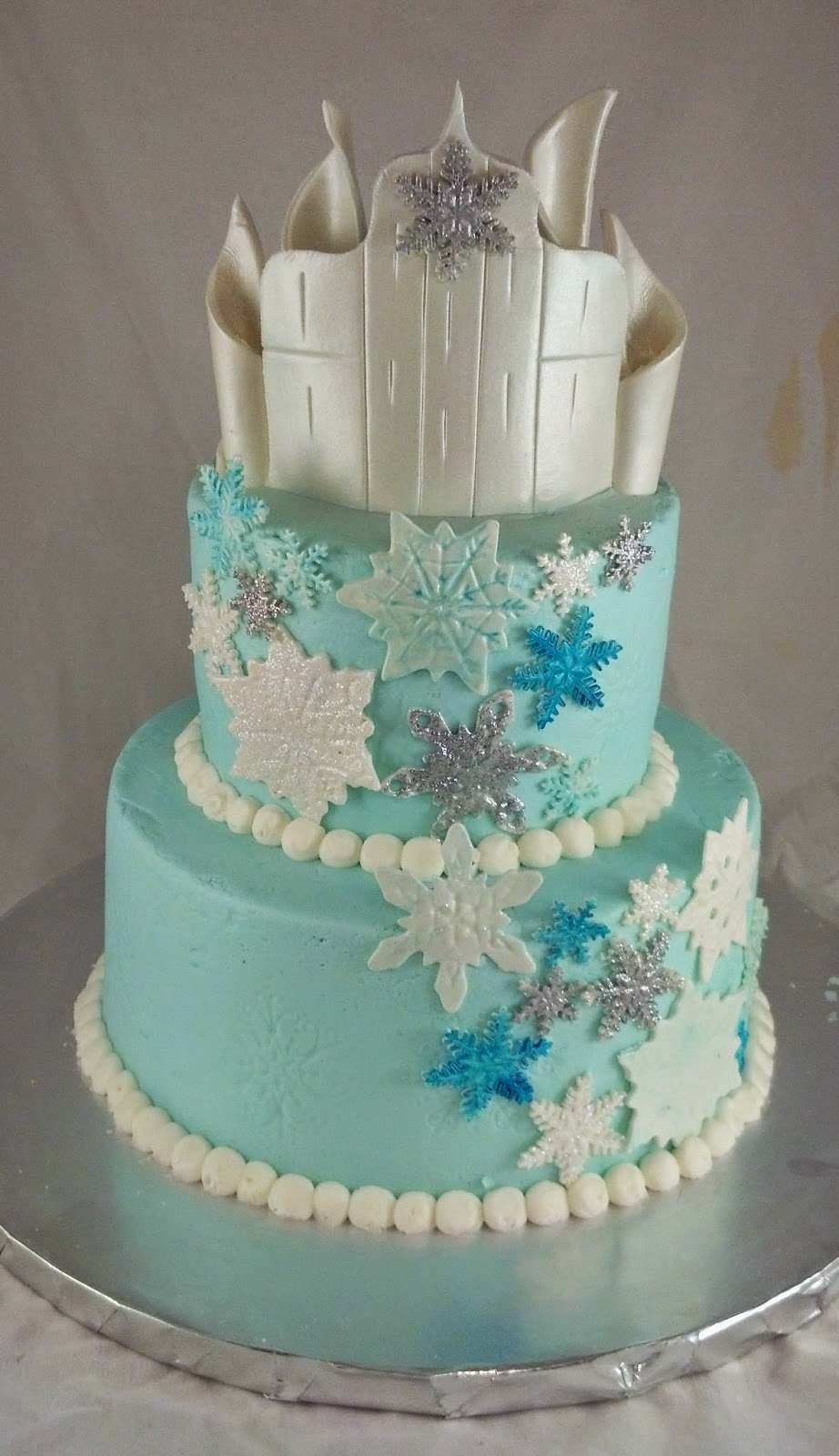 Sugar Amp Spice Sweets Elsa S Castle Cake