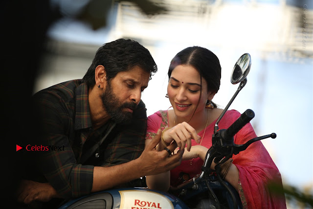 Vikram Tamanna Starring Sketch Movie Stills  0005.jpg