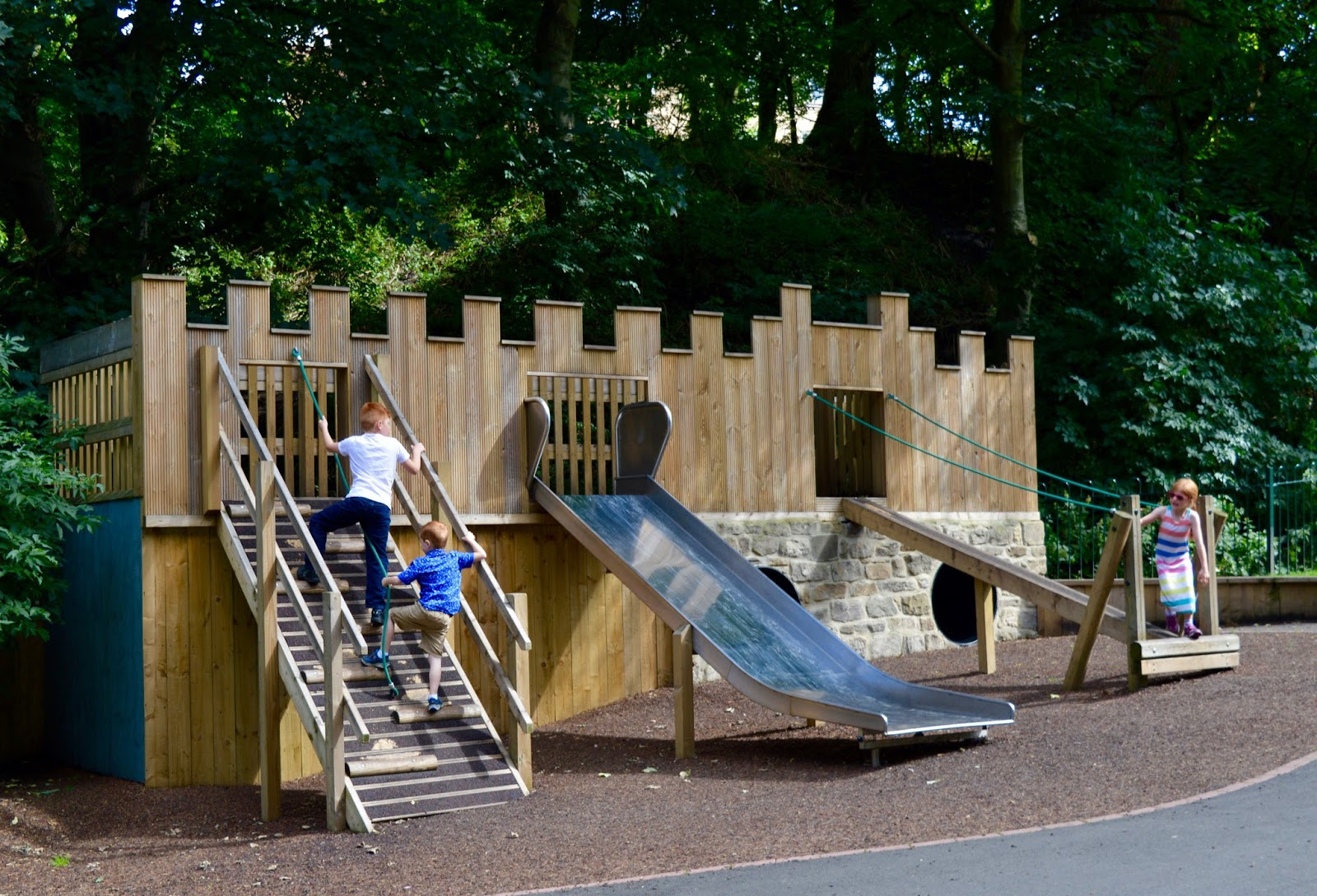 Cafe 32 | Linskill Centre, North Shields - A review - Northumberland park play area