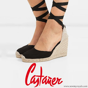 Meghan Markle wore CASTAÑER Carina canvas wedge espadrilles