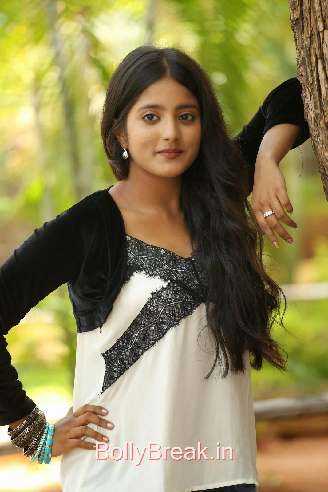 Ulka Gupta Stills, Cute, Sweet, Innocent Indian Actress Ulka Gupta hot HD Photo Gallery Pics