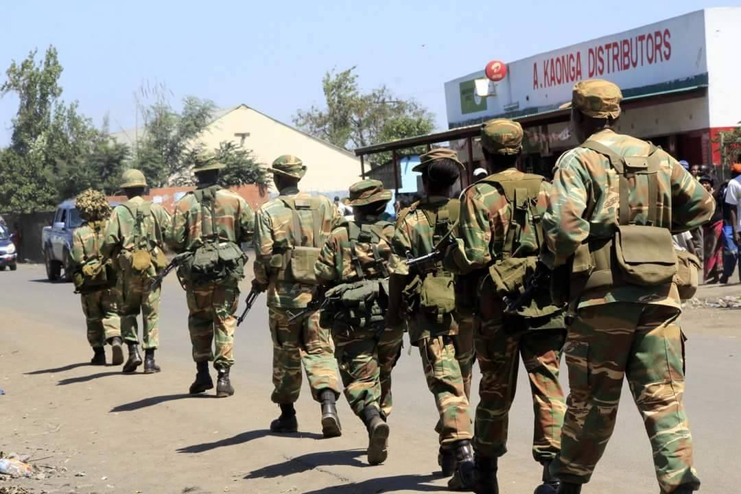 The Zambian Analyst: Zambia Army Patrols Lusaka, As