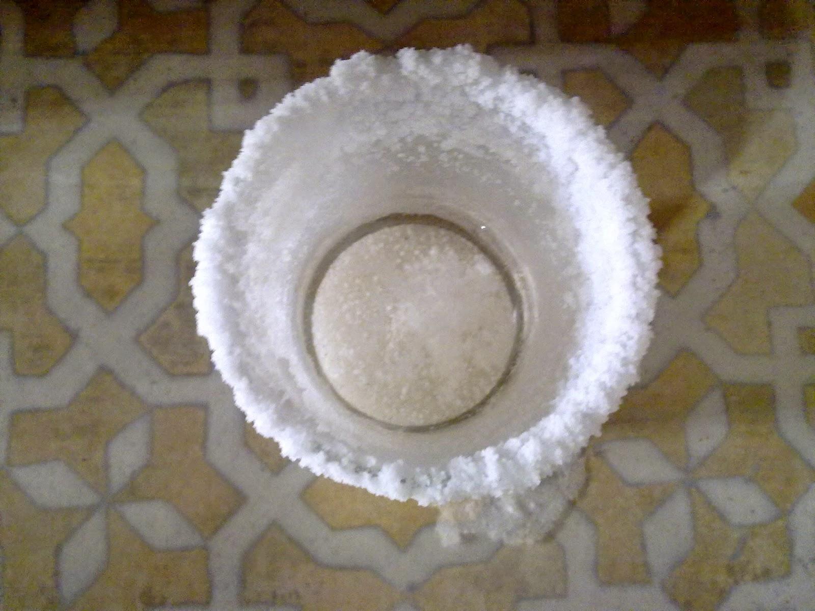 Rituel magie cure de sel pour nettoyer votre maison des for Desherbant sel eau vinaigre