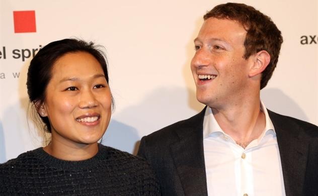 lich-su-ve-facebook-qua-nhung-buc-anh