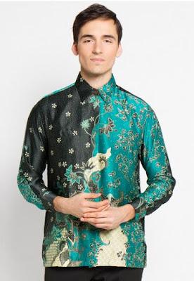 Model baju batik terbaru pria lengan panjang