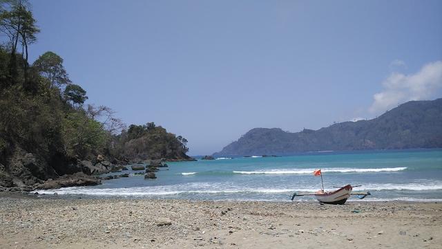 Gambar Pantai Lenggoksono