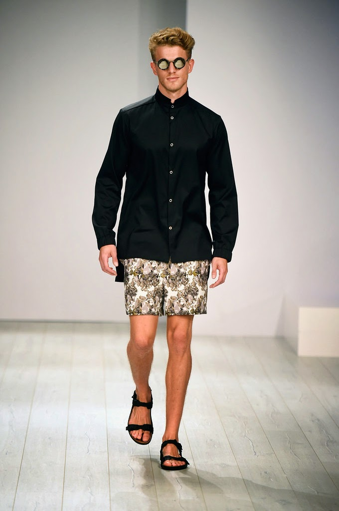 barre noire spring summer 2015 mercedes benz fashion week berlin male fashion trends. Black Bedroom Furniture Sets. Home Design Ideas