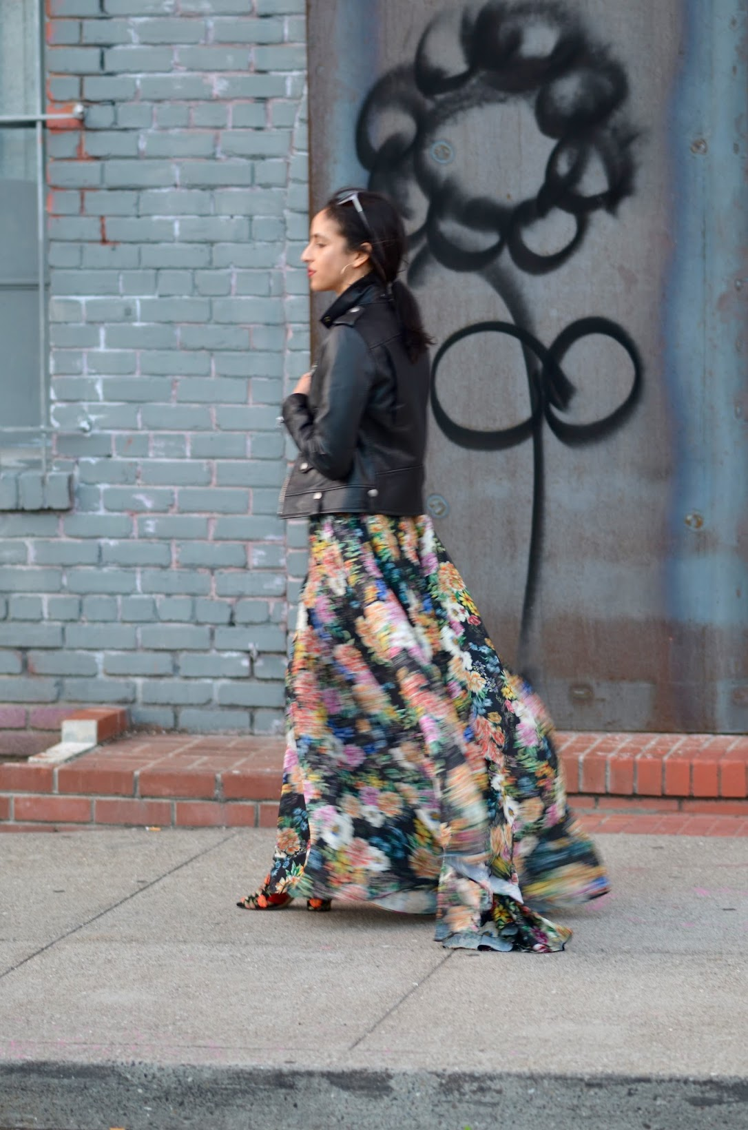street style blogger, Yumi Kim Garden floral maxi dress, garden grown maxi dresss, Anthropologie Garden Grown maxi dress, Janessa leone fedora, Aveda red lipstick, hoop earrings, latina fashion blogger, San Francisco chic style