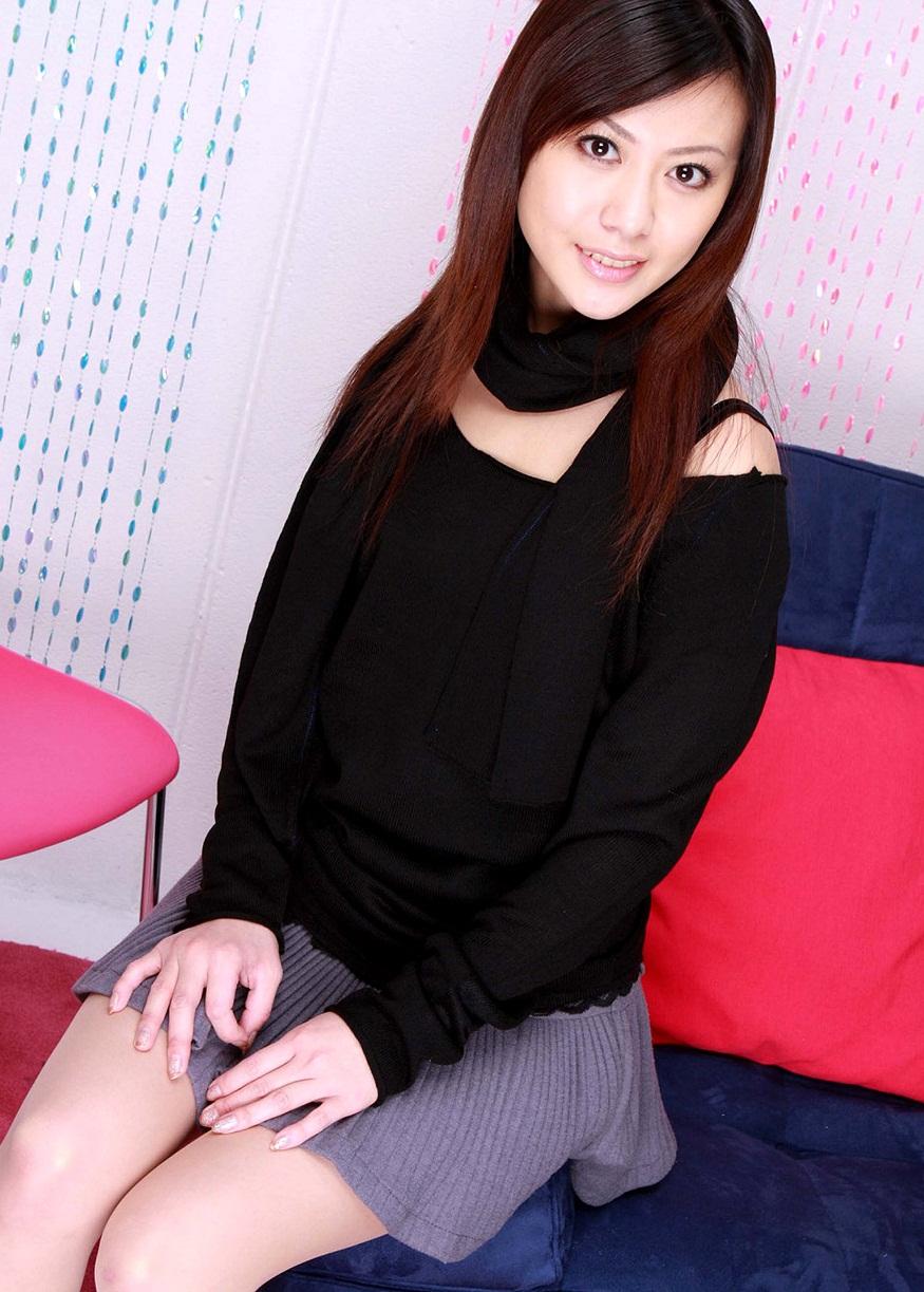 Karin Yuki With Black - SouletZ