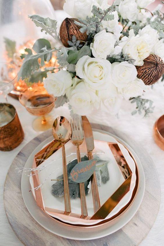 Dekoracja stołów na zimowe wesele, Organizacja ślubu i wesela zimą, Zimowe Panny Młode, Zimowe inspiracje na ślub, Zimowy Ślub,