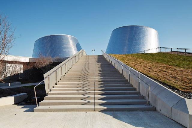 08-Rio-Tinto-Alcan-Planetarium-by-Cardin-Ramirez-Julien