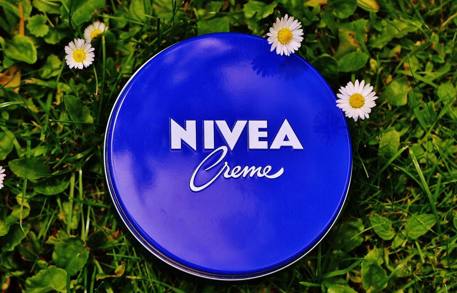 Krem Nivea - jeden kosmetyk a kilka zastosowań.