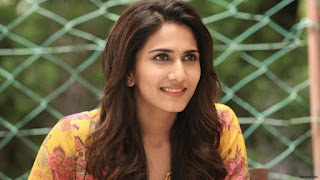 Vaani Kapoor, Biography, Profile, Biodata, Family , Husband, Son, Daughter, Father, Mother, Children, Marriage Photos.