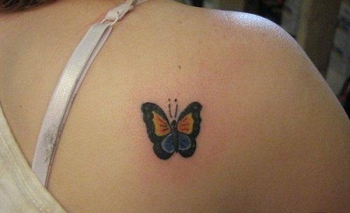 Borboleta em Menor Ombro Tatuagem