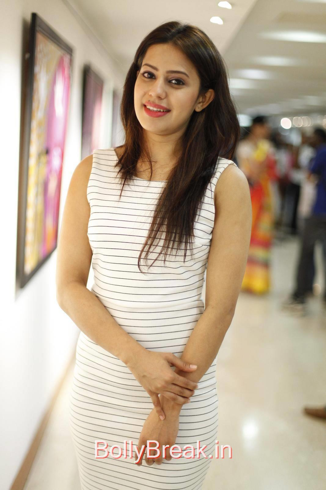 Ranya Pics At Rangoli Garg Solo Art Show Gallery, Ranya Hot HD Pics from Rangoli Garg Solo Art Show Gallery