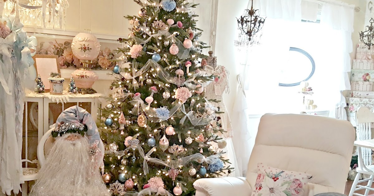 Penny's Vintage Home: Pink Blush And Pale Blue Christmas Tree