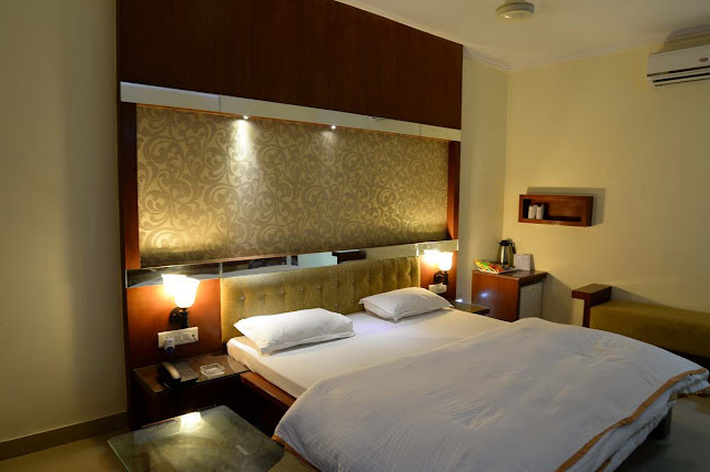 Rupis Resort Udaipur, Udaipur Hotels and Resorts, Udaipur Resort, Resort Booking in Udaipur, Udaipur Hotel Booking, Hotels in Udaipur, Udaipur Hotel Reservation, aksharonline.com, akshar infocom, aksharonline.com, 8000999660, 9427703236, Travel Agent in Ahmedabad, Travel Agent in Gujarat, Reservation Desk, Udaipur Car Rental, Rupis Resort
