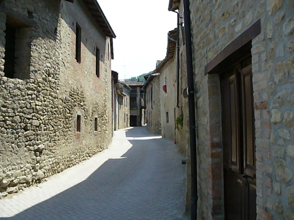 Borgo San Ponzo.Calyx Escursioni Ed Eventi Enogastronomici Tra Natura E