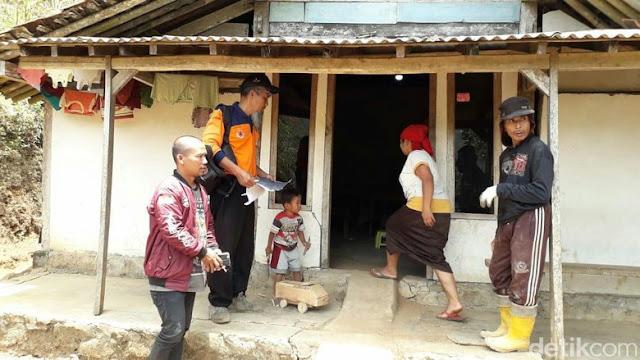 Belasan Rumah di Purworejo Rusak Akibat Tanah Bergerak