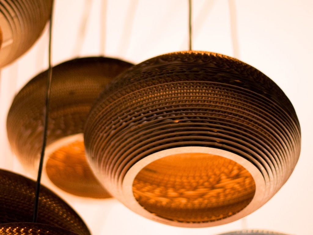 How to Recycle: Upcycled Corrugated Cardboard Ceiling Lamps