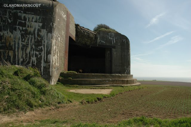 The turret opening facing the Channel at Battery Todt